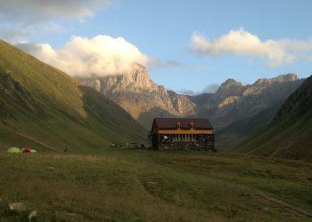 Trekking in Kazbegi